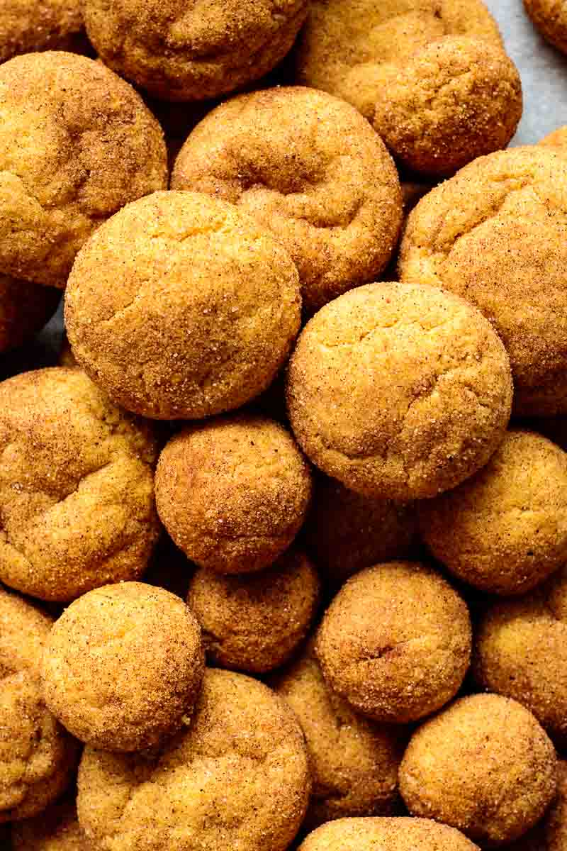 snickerdoodles on different sizes, on top of each other