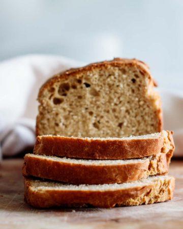 no-knead sandwich bread crumb